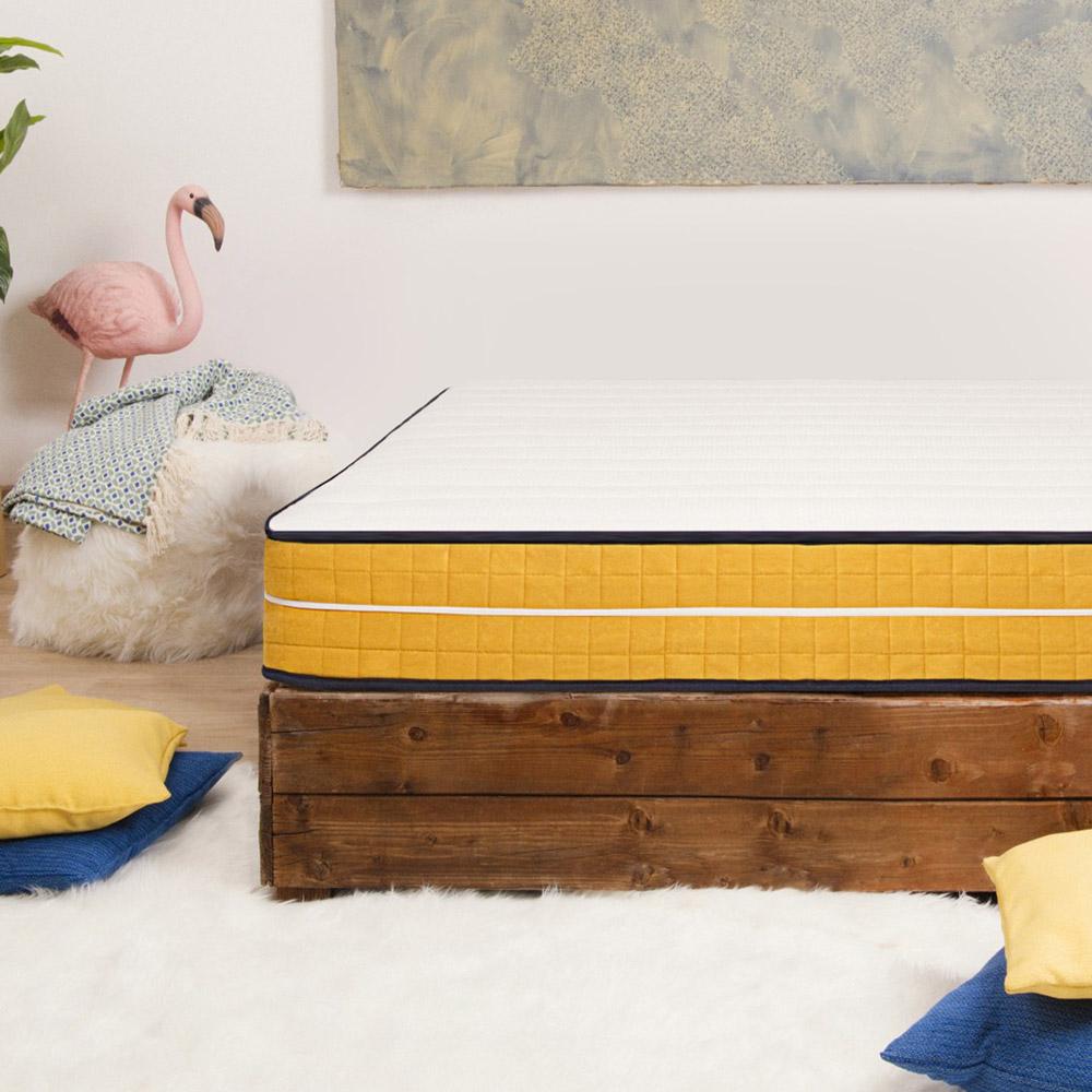 Grote vierkante matras traagschuim 7 zones afneembare hoes 25cm 120x190cm Veradea